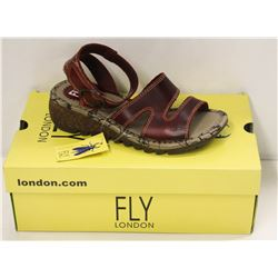 FLY LONDON SZ 6.5 RED BRIDLE SANDALS