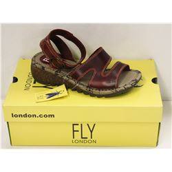 FLY LONDON SZ 9 RED BRIDLE SANDALS