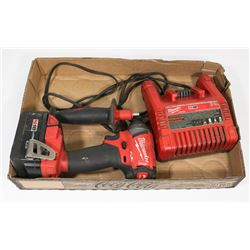 """MILWAUKEE 1/4"""" 18V IMPACT DRIVER W/ BATTERY AND"""
