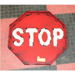 RED SHOWHOME METAL STOP SIGN REPLICA DECOR.