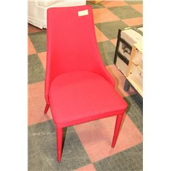 RED SHOWHOME ACCENT CHAIR.