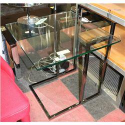 "20.5""X21.5""X25"" GLASS & METAL BASE END TABLE"