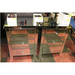 PAIR OF SHOWHOME MIRRORED 3 DRAWER NIGHT STANDS,