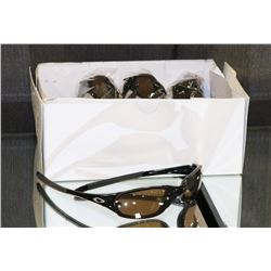 BOX OF 11 BLACK OAKLEY STYLED SUNGLASSES WITH