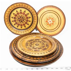 FIVE POLISH WOODEN PLATE ART PIECES.