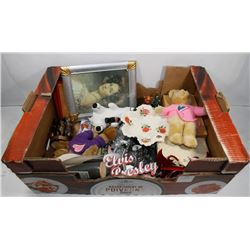 FLAT OF COLLECTIBLES, HOME DECOR, FIGURINES,