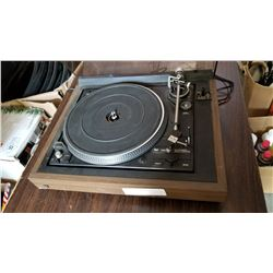 DUAL 1257 RECORD PLAYER