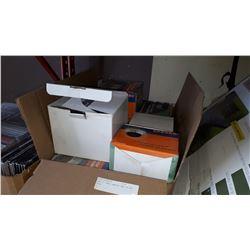 BOX OF DOME CAMERAS NEW IN BOX 8PCS