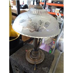 GLASS SHADE METAL TABLE LAMP