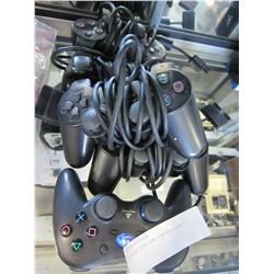 5 PLAY STATION CONTROLLERS