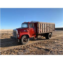 1976 FORD 7000 S/A GRAIN TRUCK
