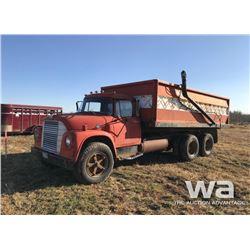 1970 IHC 1800 T/A GRAIN TRUCK