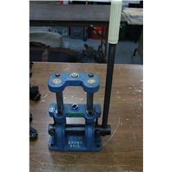 Brown Bair 12 gauge Shot Shell Press