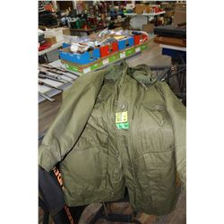 Unissued (New) 1974 Military Parka - Size Small