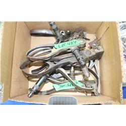 Box of 8 'Ideal' Reloading Tools:  calibers are:  38-40 M; 38 Spl; 25-20 Rem; 30-30 Win; 32-40 M; 27