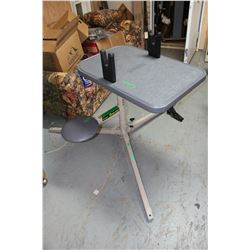 Coldwell (Shooters) Stable Table