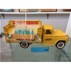 1950s Coca Cola Delivery Truck w/ 6 Coke Crates