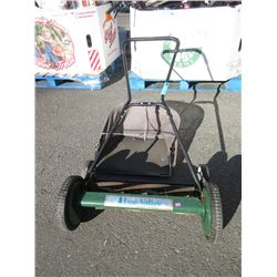 "Lee Valley 24"" Manual Lawnmower"