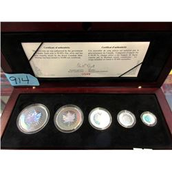 Canadian .9999 Fine Silver Maple Leaf Hologram Set