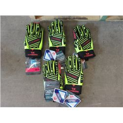 6 New XL RazorBack Polar Gloves
