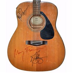 Peter Paul & Mary Signed 1970 – 1980s Yamaha F-310P Vintage Guitar