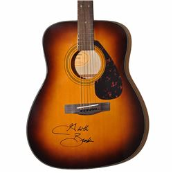 Garth Brooks Signed Yamaha F335 Acoustic Guitar
