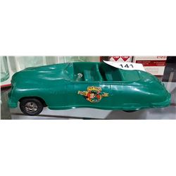 VINTAGE DICK TRACY FRICTION CAR IN PLASTIC