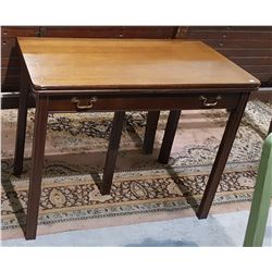 VINTAGE WALNUT OCCASIONAL TABLE