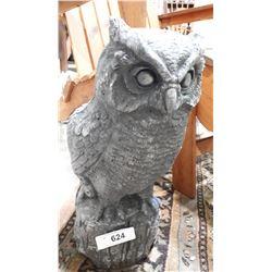 CONCRETE OWL GARDEN STATUE