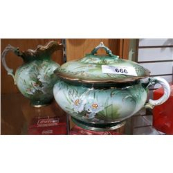 VICTORIAN HAND PAINTED CHAMBERPOT WITH LID AND JUG