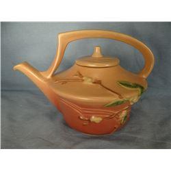 """Roseville Snowberry dusty rose tea pot w/lid, 9"""", 8IL"""