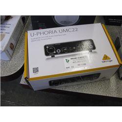 U-PHORIA UMC22 - AUDIOPHILE 2x2 USB AUDIO INTERFAVE W/ MIDAS MIC PREAMPLIFIER