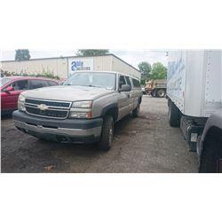 2006 CHEVROLET SILVERADO, GREY, EXT CAB PICKUP, GAS, AUTOMATIC, VIN#1GCHK29U99E133954, 426,216KMS,