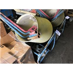 PORTABLE YELLOW AND BLUE CEMENT MIXER
