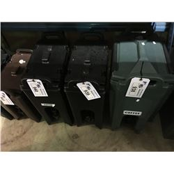 LARGE INSULATED CAMBRO BEVERAGE COOLER