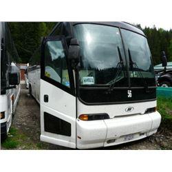 1999 MCI WHITE BODY STYLE NON-SCHEDULED 56 PASSENGER TOUR BUS W/AUTOMATIC, ALLISON TRASMISSION