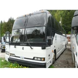 1993 WHITE PREVOST H3-40 BODY STYLE NON-SCHEDULED 48 PASSENGER TOUR BUS W/AUTOMATIC, DIESEL ENGINE