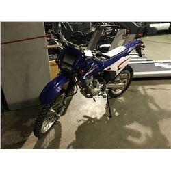 2008 LONCIN 250PY MOTORCYCLE, BLUE, GAS, MANUAL, VIN#LLCLVM1028F100888, *NO REGISTRATION, NO KEYS,