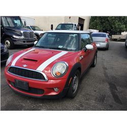 2007 MINI COOPER, RED, 2DR HARD TOP, GAS, MANUAL, VIN#WMWMF73527TL84031, 155,855KMS,