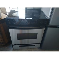 WHIRLPOOL GOLD ELECTRIC RANGE STOVE/OVEN