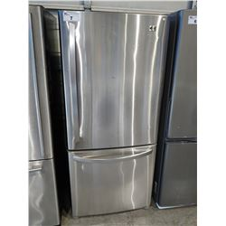 "30"" WIDE LG STAINLESS STEEL FRIDGE / FREEZER"