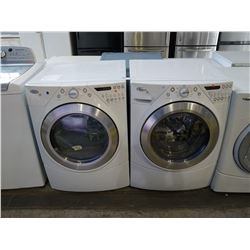 WHITE WHIRLPOOL DUET WASHER/DRYER SET