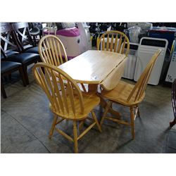 LIGHT WOOD DROP-LEAF DINING TABLE WITH 4 CHAIRS