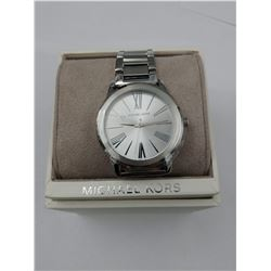 SILVER COLORED MICHAEL KORS WRIST WATCH IN BOX ( WATER RESISTANT 5 ATM)