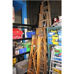 4 WOODEN STEP LADDERS AND LARGE COPPER PIPE