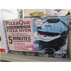 PIZZA QUE PORTABLE OUTDOOR PIZZA OVEN