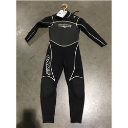 BARE 1 PCE WETSUIT BLACK & WHITE JUNIOR SIZE 10