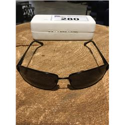 PAIR OF POLAROID SUNGLASSES