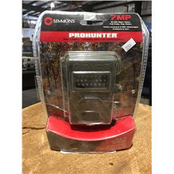 SIMMONS PRO HUNTER TRAIL CAMERA