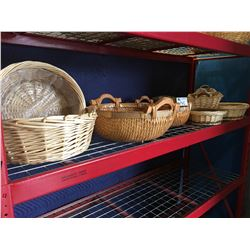 GROUP OF 12 SMALL ASSTD WICKER BASKETS